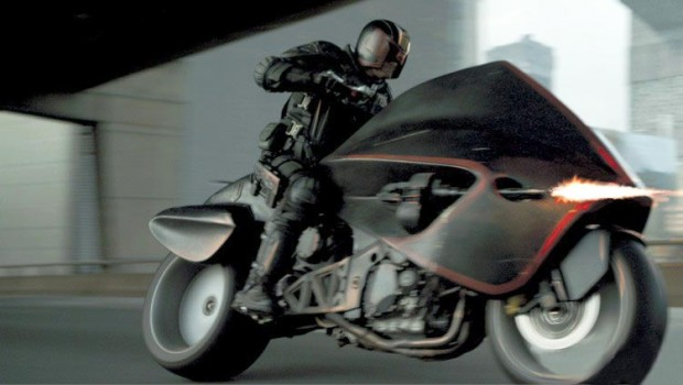 Dredd-2012-motorcycle-screenshot