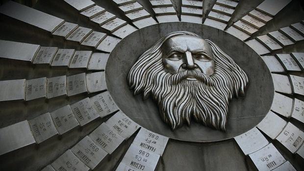 Mendeleyev ve Periyodik Tablo