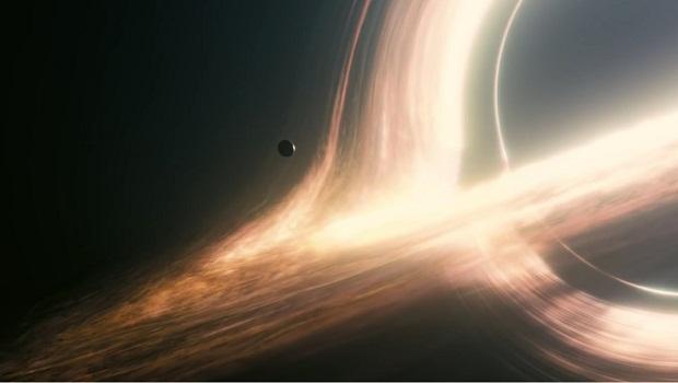 interstellar kara delik