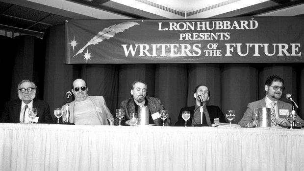 1987 Geleceğin Yazarları paneli (Soldan sağa: Isaac Asimov, Gene Wolfe, Robert Silverberg, Roger Zelazny, Larry Niven)