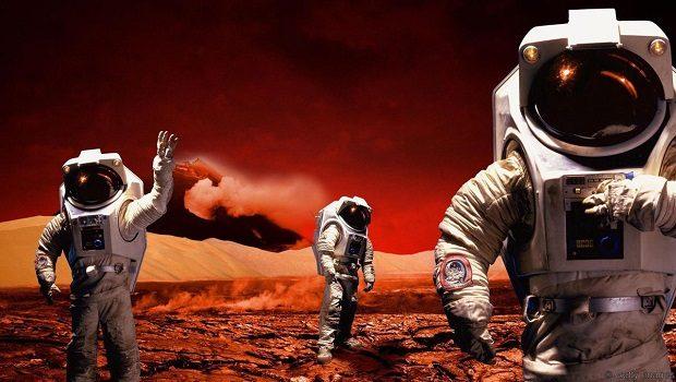 Three astronauts on Mars