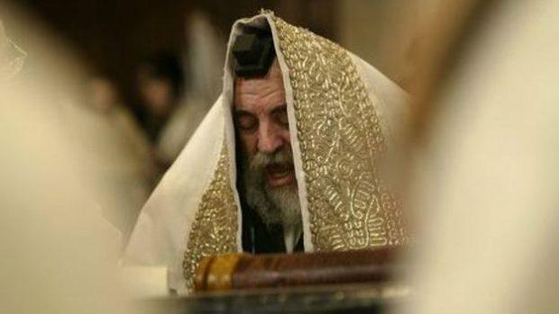 141230145310_religion_priest_464x261_bbc_nocredit