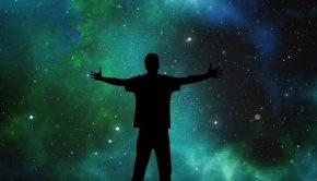 evrende yalnız mıyız