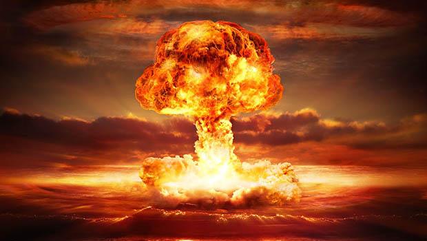 Dünya Nükleer Saldırı Altında